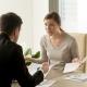 Streitgespräch zwischen Mitarbeiter und Führungskraft